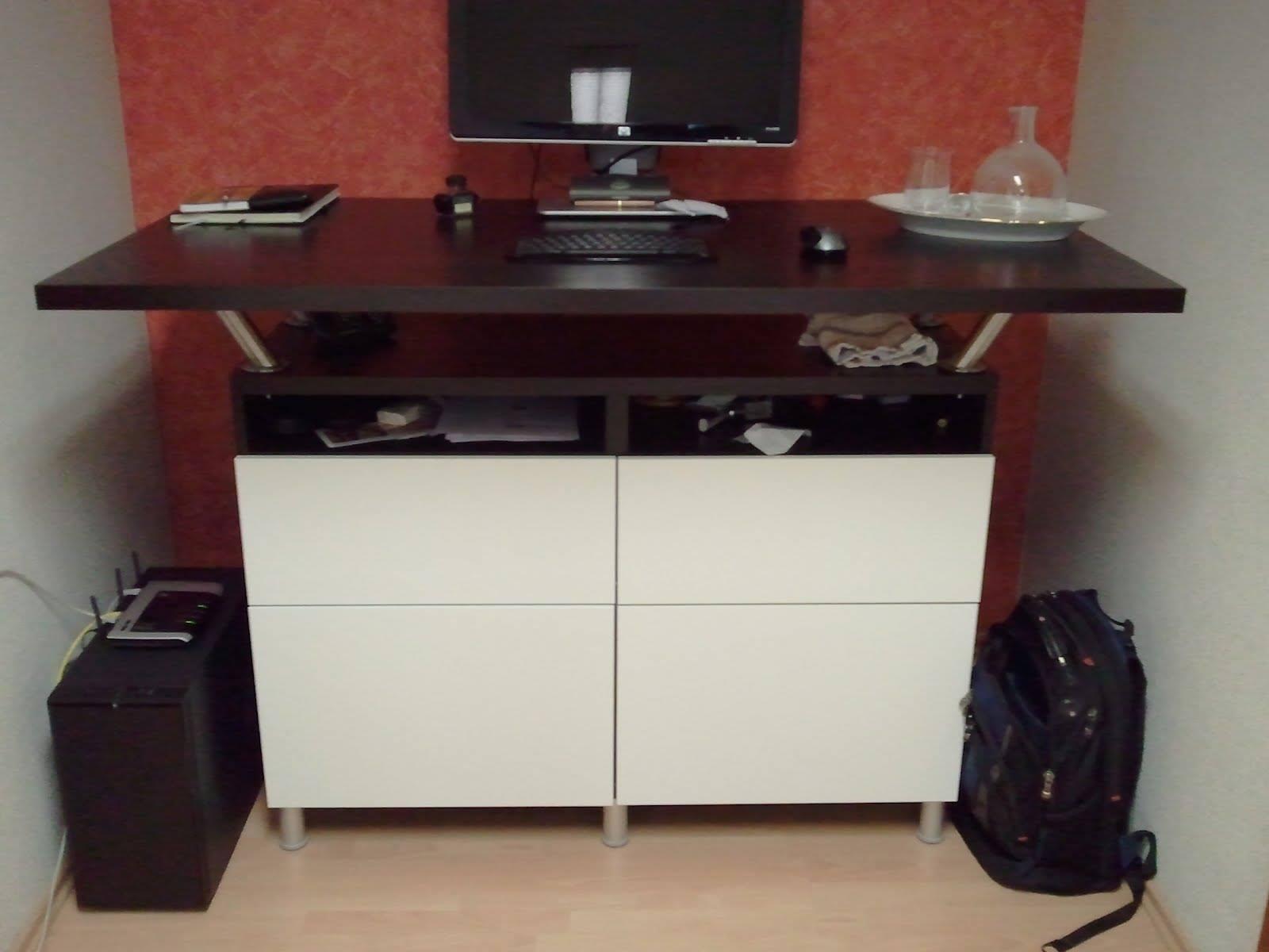 Montar una cabina de dj con muebles de ikea con un - Muebles para dj ...